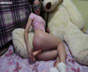 Schoolgirl in white socks Masturbates in front of Teddy bear - MaryVincXXX from 白袜袜格罗丫